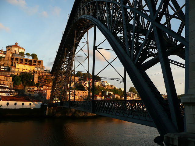 L'infrastruttura ICT sostiene la vostra azienda, come los cheletro metallico sorregge i ponti